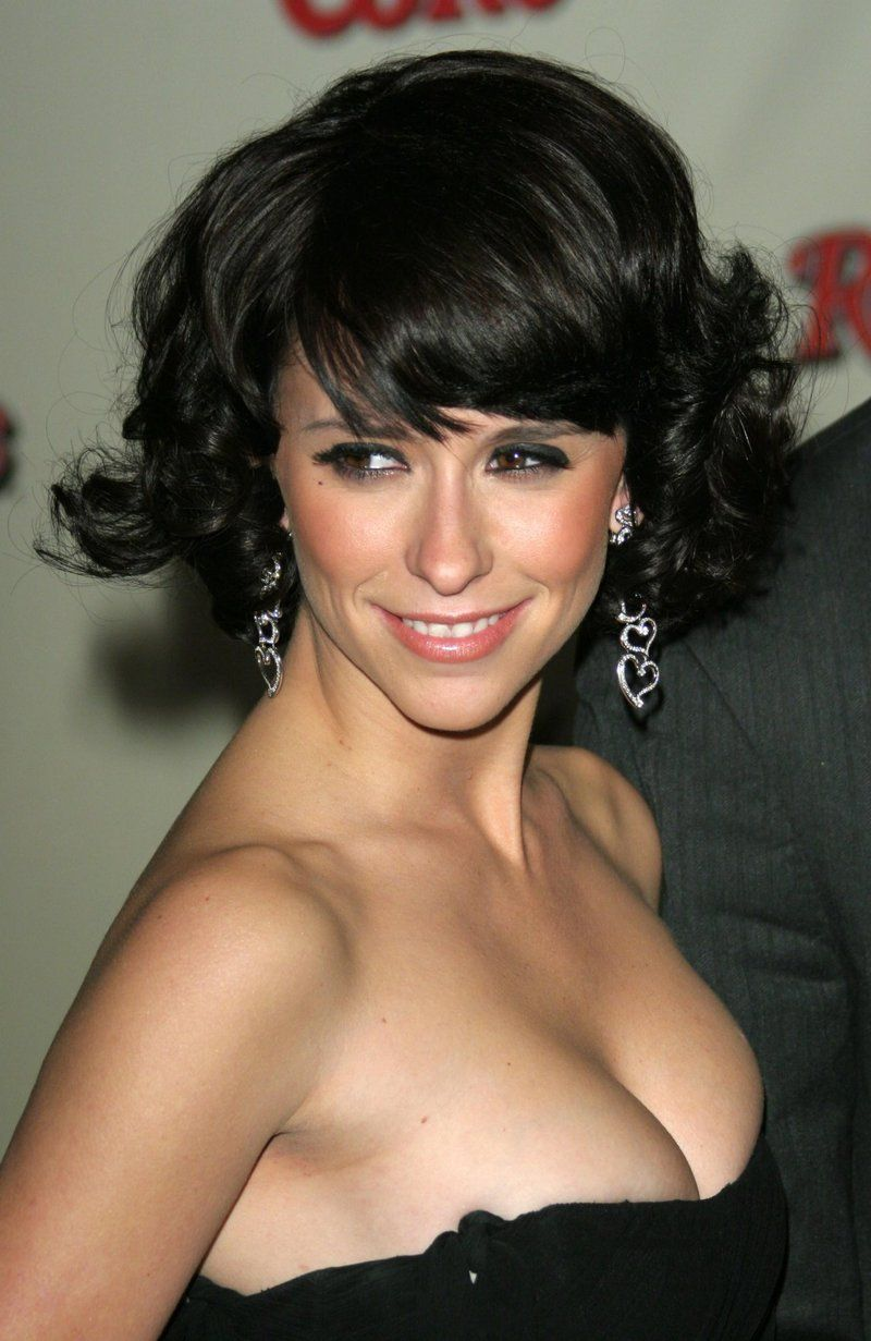 Jennifer love hewitt floppy breasts rather valuable
